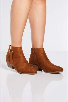 Quiz Tan Ring Pull Ankle Boots