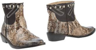 Mr Wolf Ankle boots - Item 44743267JU