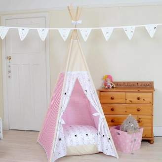 Lulu Teepees by & Weasel White Bunny And Pink Stripes Teepee Tent
