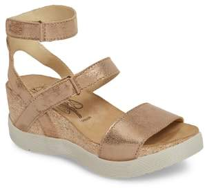 Fly London Wink Platform Sandal