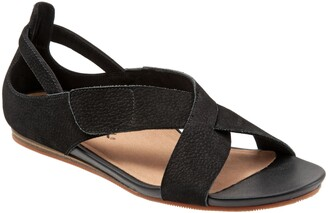 SoftWalk Camilla Cross Strap Sandal