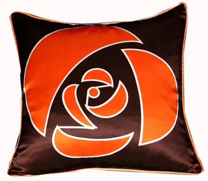Plush Living - Nook Rose Silk Pillow