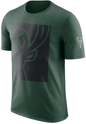 Nike Men's Milwaukee Bucks Cropped Logo T-Shirt