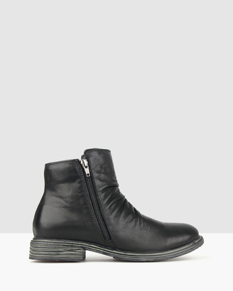 Airflex Leroy Leather Ankle Boots