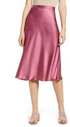bdfd6e8467 Vero Moda Christas Satin Midi Skirt