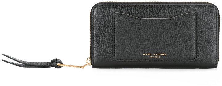 Marc JacobsMarc Jacobs rectangular zip wallet