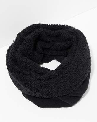 7 For All Mankind Donni Poodle Tube Scarf in Black