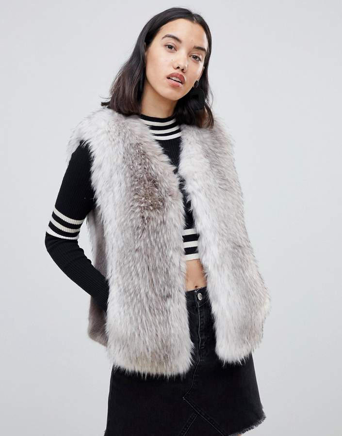 Urbancode UrbanCode Jaycee faux fur luxury gilet