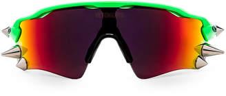 Vetements Oakley Spikes 200 Sun Glasses in Orange & Green | FWRD