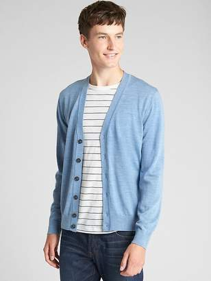 Gap V-Neck Cardigan Sweater in Merino Wool