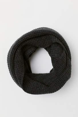 H&M Moss-knit Tube Scarf - Black
