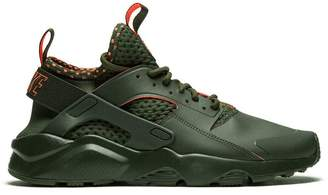 Nike Huarache Run Ultra SE sneakers