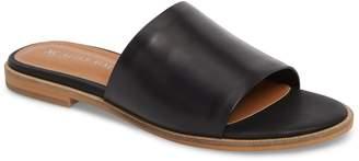 Mae ALIAS Therapy Slide Sandal