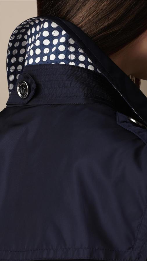 Burberry Short Polka Dot Undercollar Trench Coat