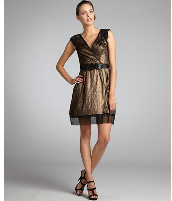 Vera Wang Lavender Label gold and black lamé woven belted lace cap sleeve dress