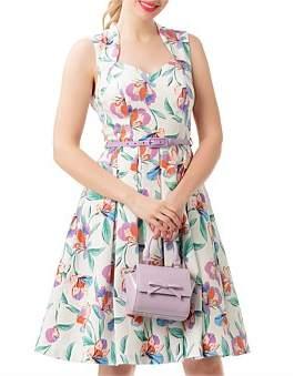 Review Paradise Floral Dress