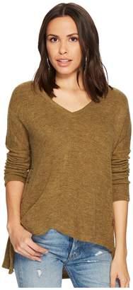 BB Dakota Quentin Textured Knit Side-Buttoned Top Women's Clothing
