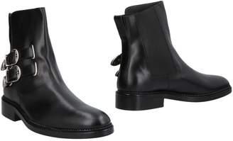 Toga Virilis Ankle boots