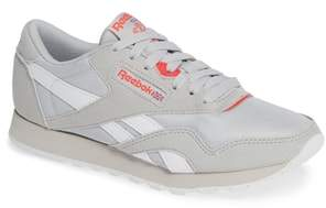 Reebok Classic Nylon TXT Sneaker
