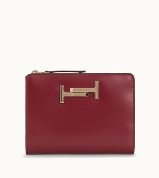 Tod's Tods Passport Holder in Leather