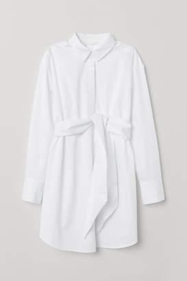 H&M MAMA Tunic with Tie Belt - White