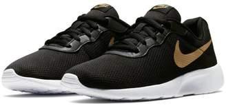 Nike New Boy's Tanjun Sneaker 3.5