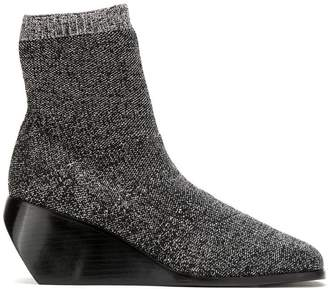Uma Raquel Davidowicz Tully boots