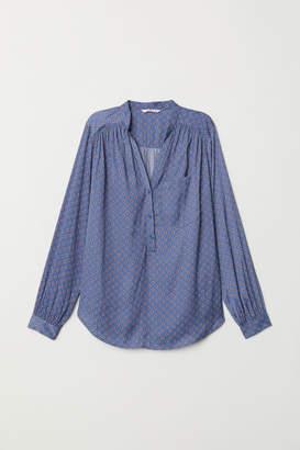 H&M V-neck Blouse - Blue