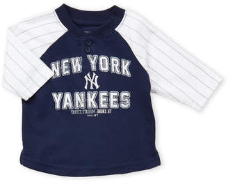 New York Yankees Infant Boys) Striped Sleeve Baseball Tee