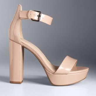 Vera Wang Simply Vera Hong Kong Women's High Heel Sandals