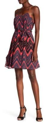 Collective Concepts Sleeveless Chevron Print Shift Dress