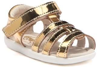 See Kai Run Fe Metallic Gold Leather Sandal (Toddler)