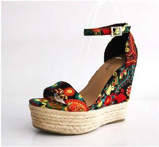 Bamboo Floral Platform Sandal