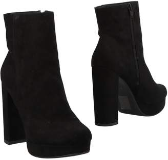 Madden-Girl Ankle boots - Item 11483387RB
