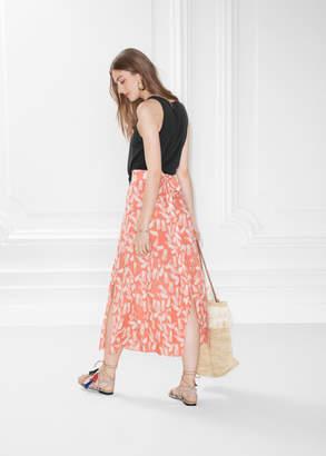Slit Crepe Skirt