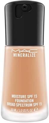 M·A·C Mac Mineralize Moisture SPF 15 Foundation