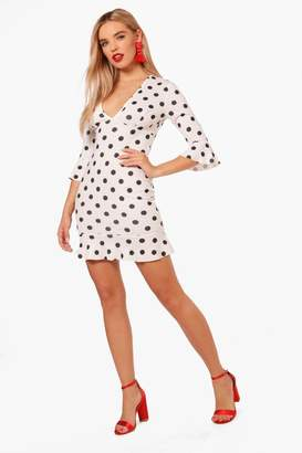boohoo Polka Dot Frill Hem Bodycon Dress