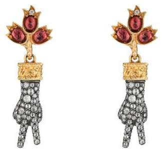 Gucci Hand pendant earrings with diamonds