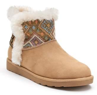 So SO Hangout Women's Plush Boots