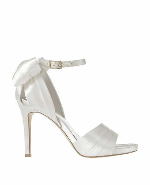Ann Taylor Grace Bow Sandals