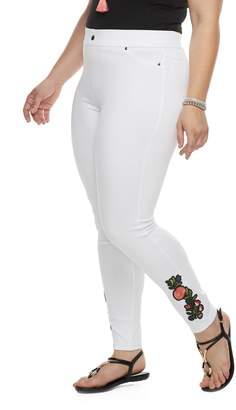 Utopia By Hue Plus Size Utopia by HUE Buttercup Embroidered Patch Leggings
