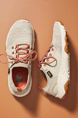 Teva Arrowood 2 Hiking Sneakers