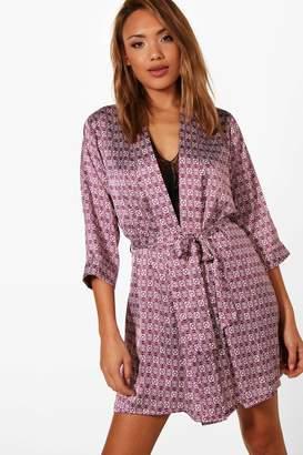 boohoo Maisie Moroccan Print Kimono Robe