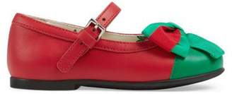 Gucci Toddler leather ballet flat with Web bow