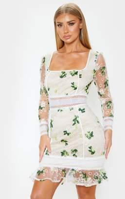 PrettyLittleThing White Floral Print Lace Flute Hem Bodycon Dress