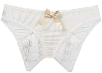 Lascivious 'Kitty Sarah Lou' ouvert brief