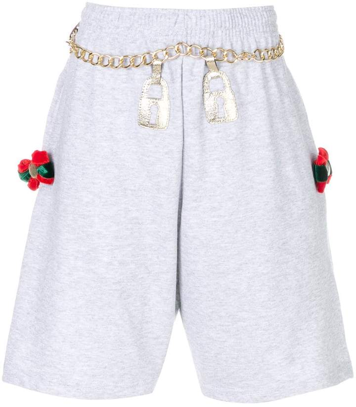 Nil & Mon chain embroidered shorts