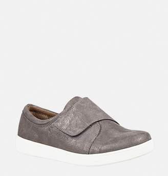 Avenue Shay Velcro Sneaker