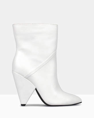 betts Zippy White Cone Heel Calf Boots