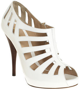 Fendi Vertebrae Pump - White